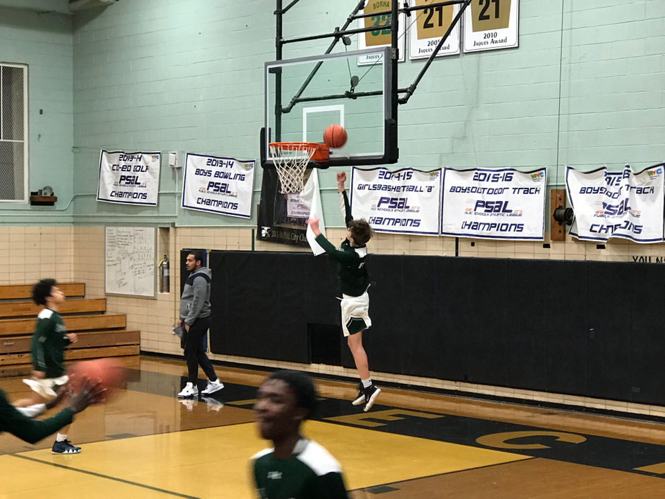Follow Our Live Blog As PSAL Hoops Powers New Dorp And MSIT Battle