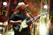 Chris Stapleton packs Tuscaloosa Amphitheater for soulful, whiskey-soaked evening