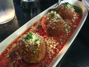 Oswego's Bistro 197: Little touches pay big dividends (Dining out review)