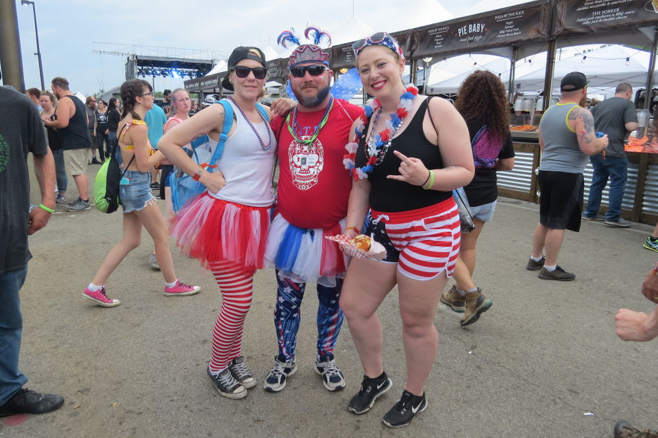 See the coolest costumes, outfits from Sonic Temple music festival (photos)