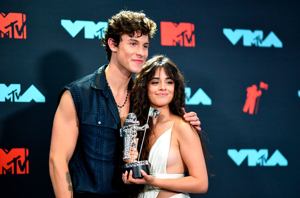 Shawn Mendes, Camila Cabello break the internet; more: Buzz