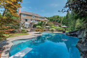 Sold! 4-bedroom home with pool on 5 acres in Readington for $1.01M